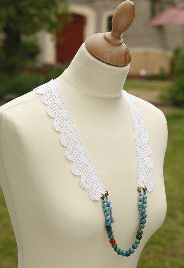 Anleitung: Spitzenkette mit Perlen - Sommerliche Accessoires zum Selbermachen