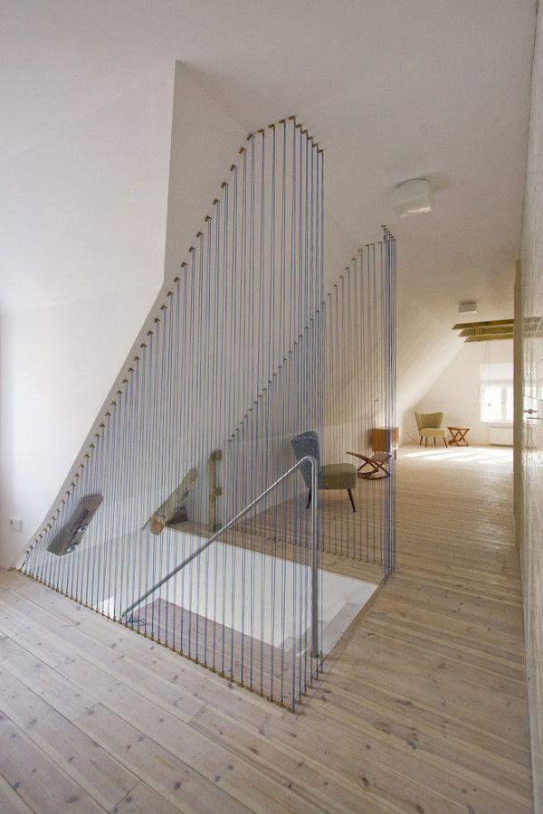Barandilla de cuerdas / un apartamento que mezcla tradición e ...