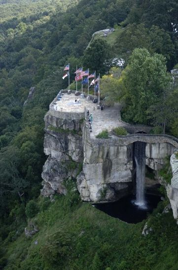 Aerial View Of Lover S Leap And 7 States Rock City