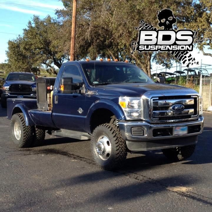Trucks Rig F450 Welding