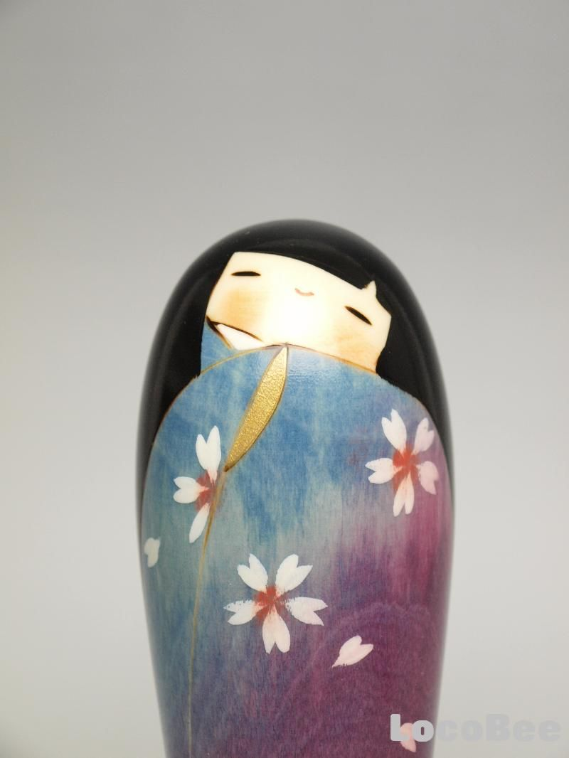 Japanese Sousaku Kokeshi Doll by Usaburo / Hana no Michi Japanese creative Kokeshi Doll design by Usaburo Kokeshi