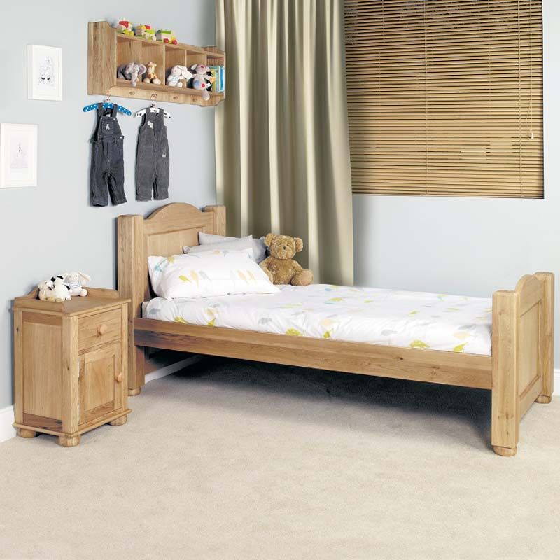 This Children S Amelie Oak Single Bed Is A Standard Sized 3 Foot The Has