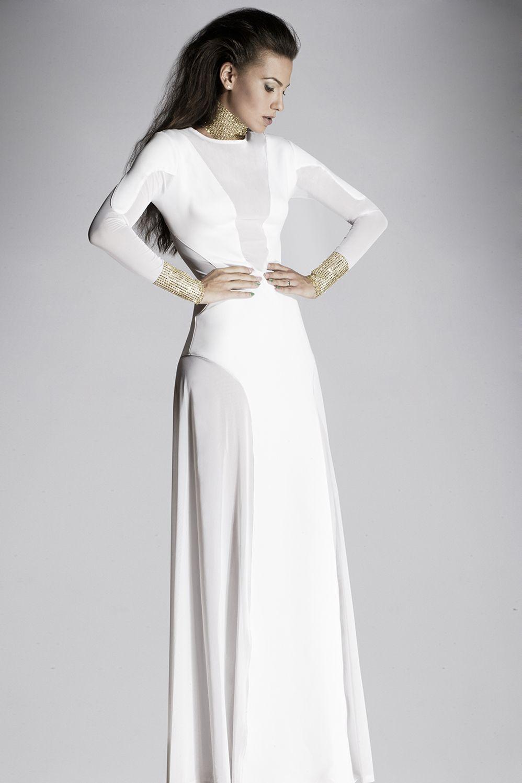 Raquel Torres by www.juliangabaldon.com Peluquería @yoconestospelos Vestuario @traystyling #Peluquería #Moda #MakeUp #Fashion #Valencia #Madrid