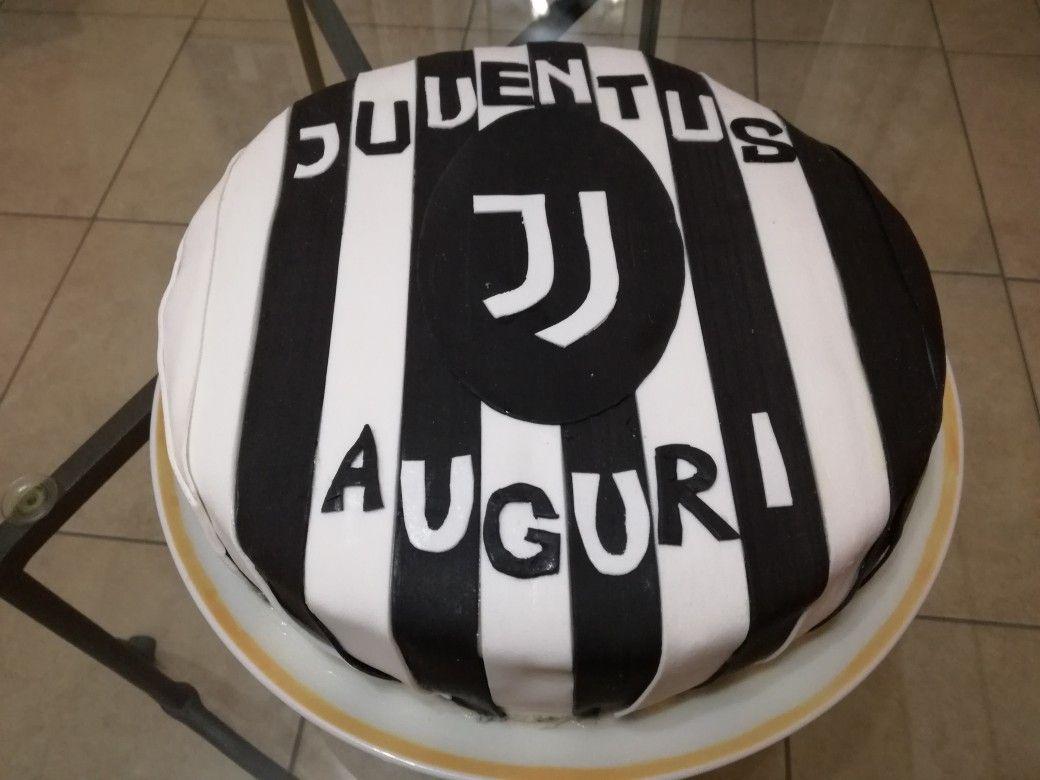 Torta juventus cake juventus stemma Juve  Dolci Passione  Torte Dolci Stemma