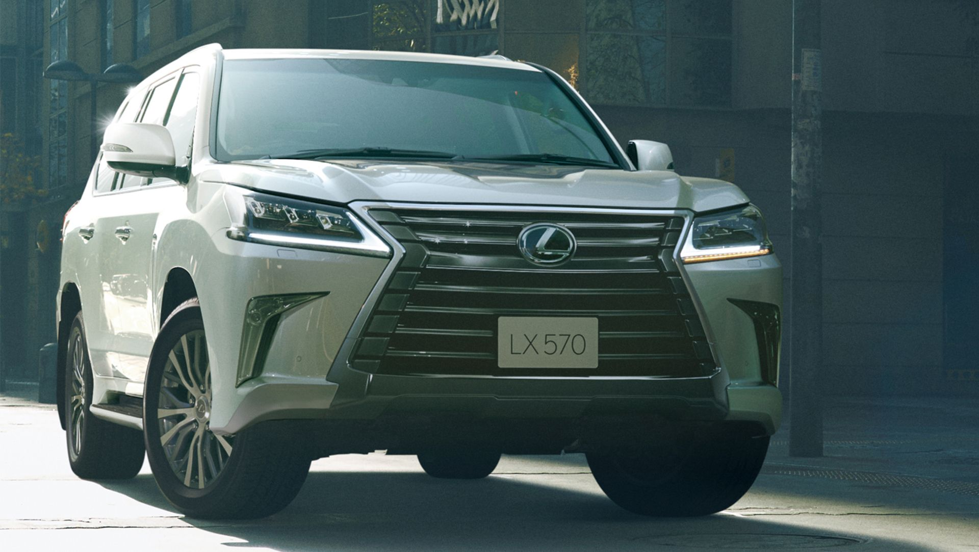 Japan also gets a facelifted lexus lx 570