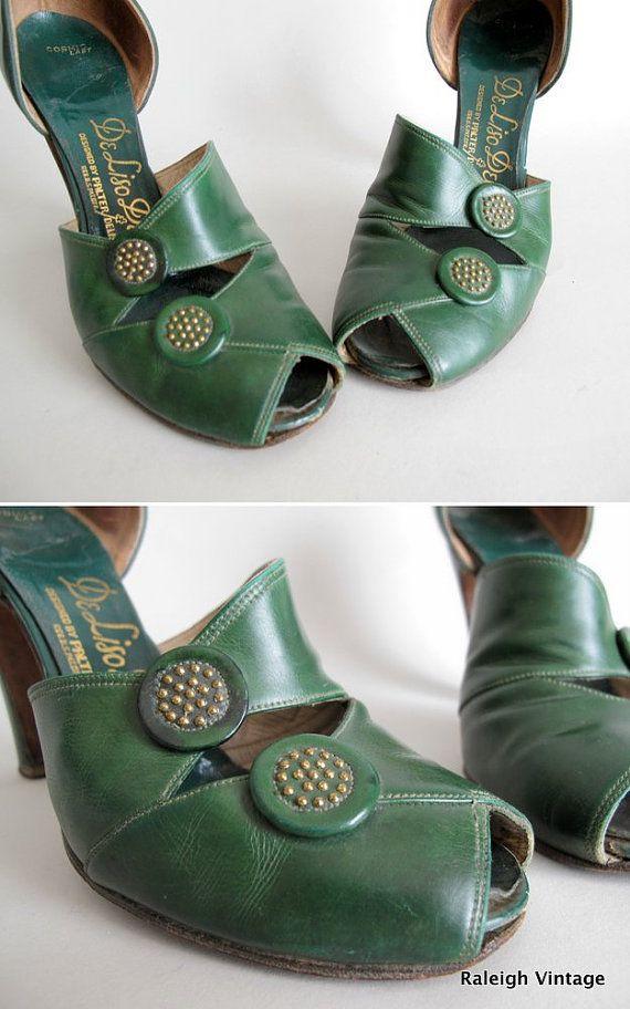 Vintage 1940s Shoes 40s Green Button Peep Toe Pumps 1940s Shoes Old Shoes Shoes