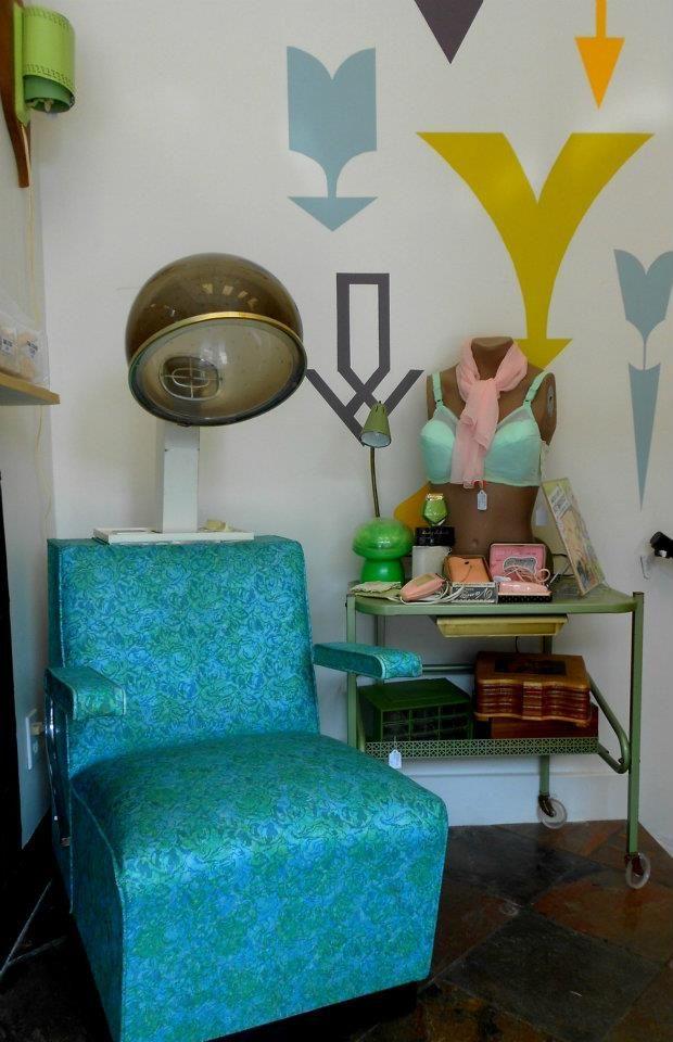 1960s helene curtis aqua vinyl hairdryer seat in working for Bomb hair salon