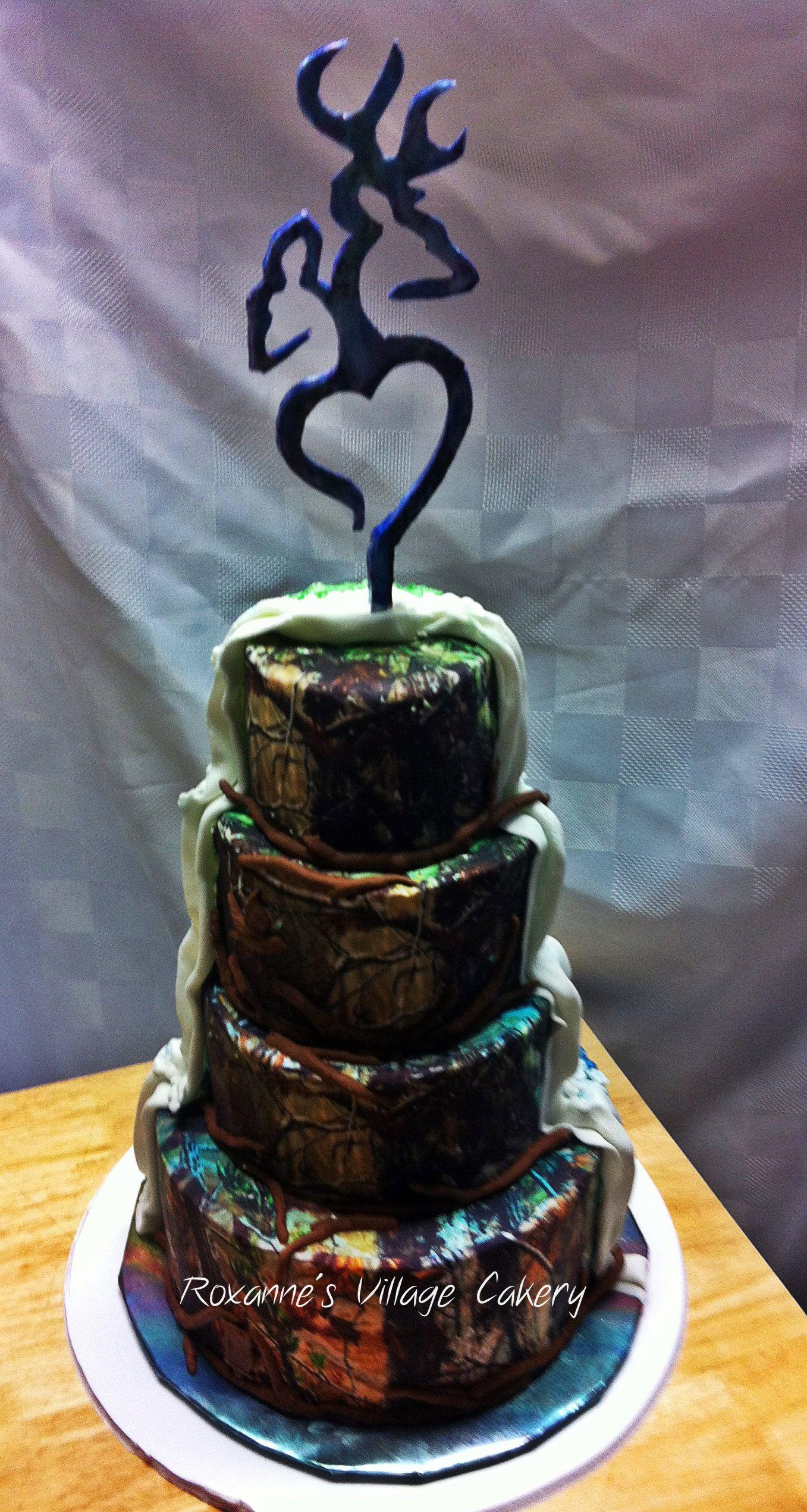 Camo wedding cake complete wt a gumpaste wedding cake topper camo wedding cake complete wt a gumpaste wedding cake topper biocorpaavc Images