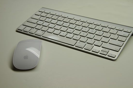 a7f2f9a0e8b Apple Magic Mouse | New Gadgets | New gadgets, Apple, Keyboard