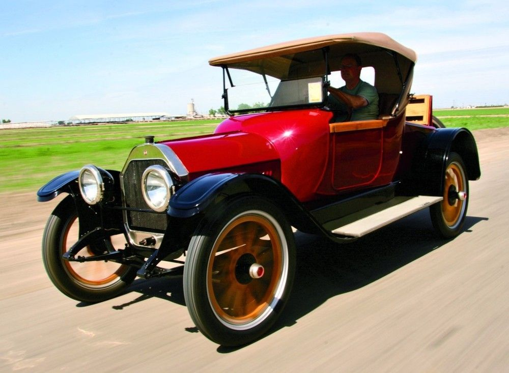 This car, the Model 44, transformed Oldsmobile in 1916. Its power ...