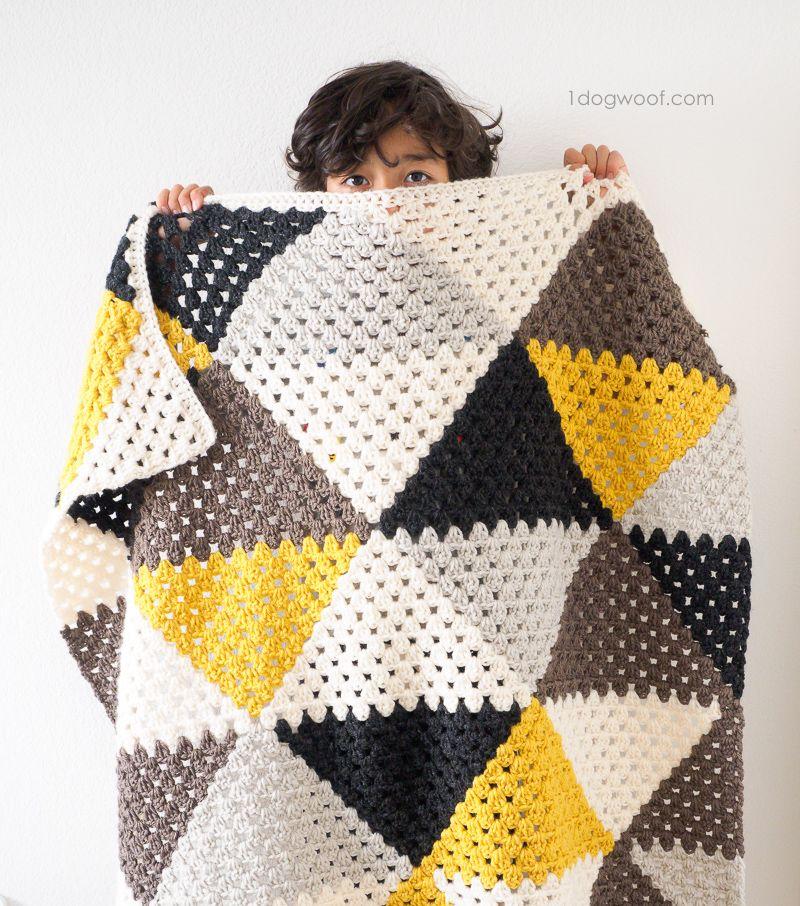 Love Triangles Granny Stripe Baby Blanket | Manta, Cesto y Ganchillo ...