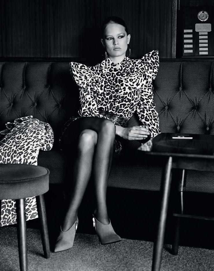 Anna Ewers by Alasdair McLellan for Vogue UK September 2015