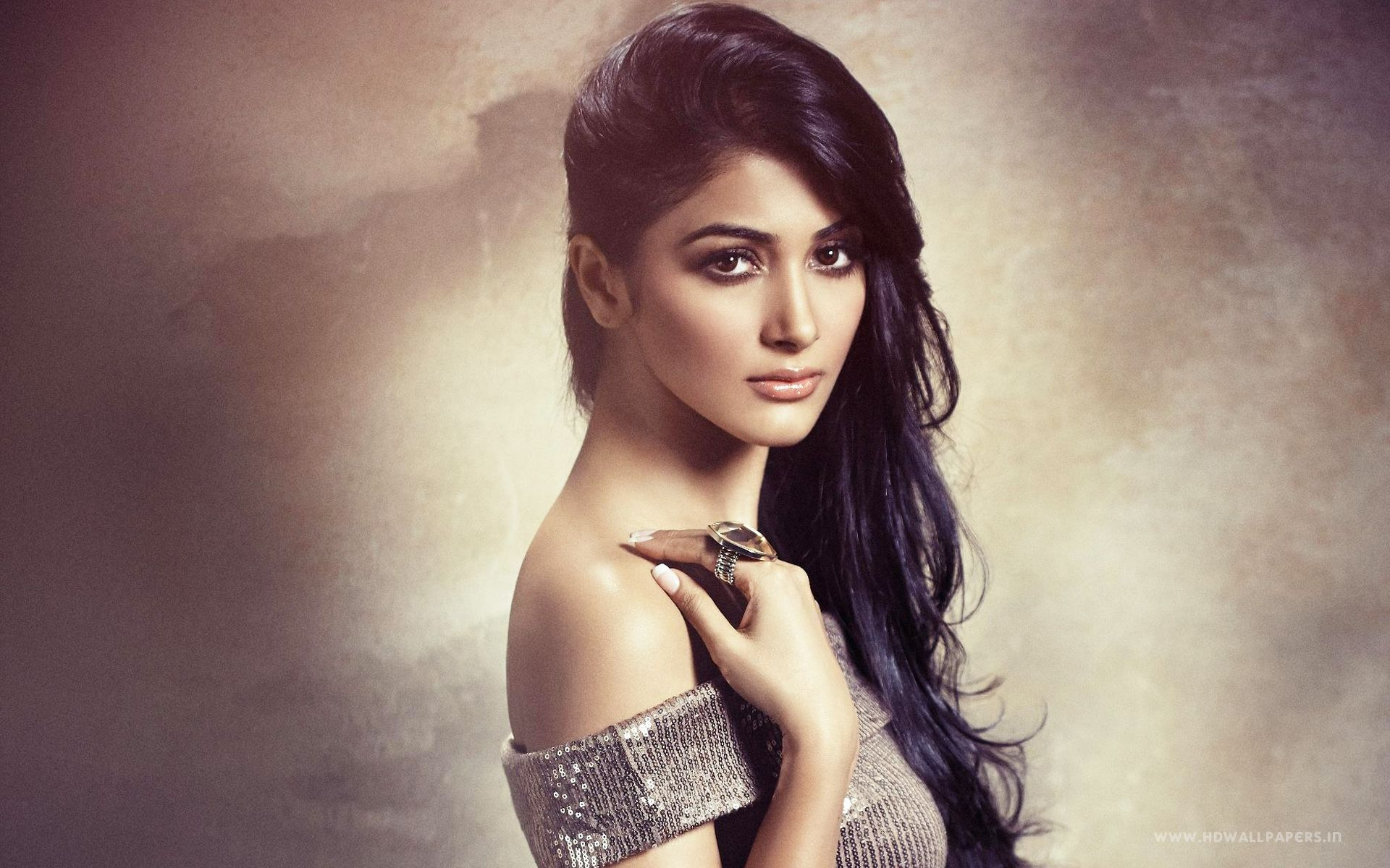 top 22 full hd bollywood actress wallpapers - hd wallpapers pop