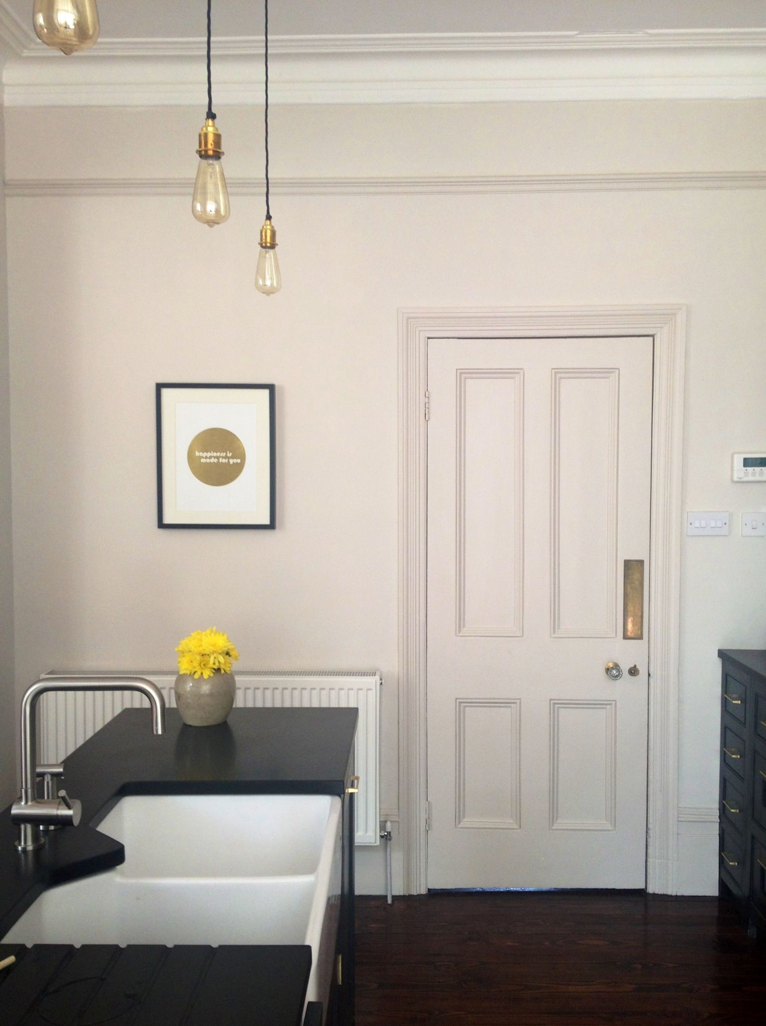 Farrow And Ball Skimming Stone Black Kitchen Gold Brass Kitchen Accents Skimming