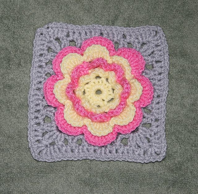 Ribbon And Bows 12 Square Free Pattern Crochet Flower Squares