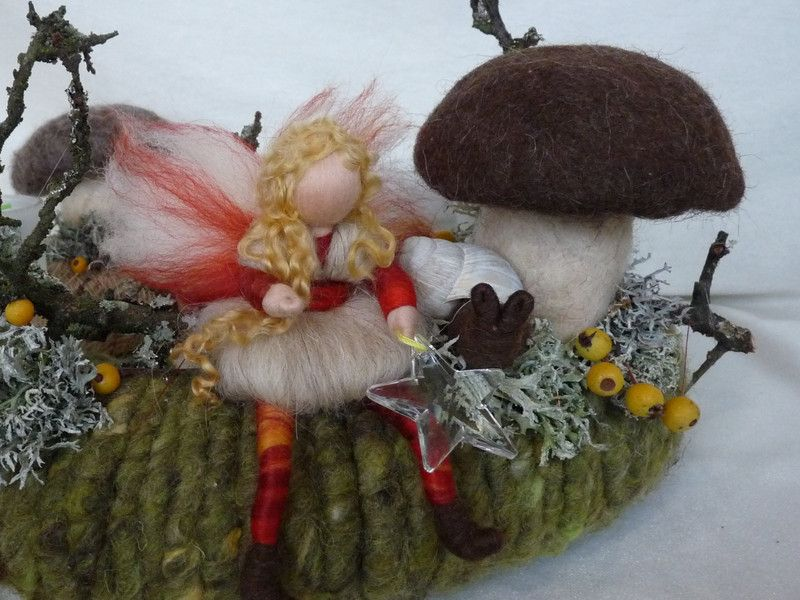 Adventskranz Natur Waldorf Art Herbst Tischkranz von HolzWolle-SpielKunst auf DaWanda.com