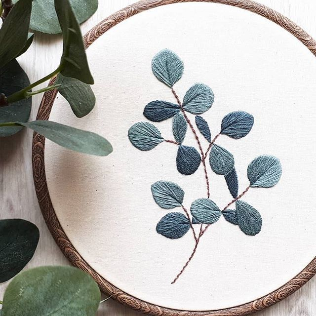 "DamnGoodStitch's Instagram profile post: ""by @hoops_broderies⠀ .⠀ .⠀ .⠀ .⠀ .⠀ #embroidery #embroideryart #embroideryartist #fiberart #broderie #sewing #stitches #stitching #stitcher…"""