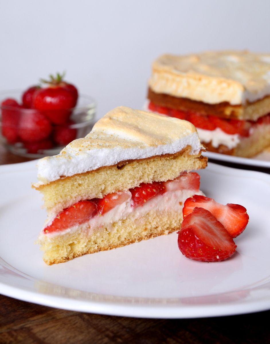 Strawberry-Meringue-Cake!!! Super light, super fluffy, super delicious!   Photo by Laura Naemi Richert