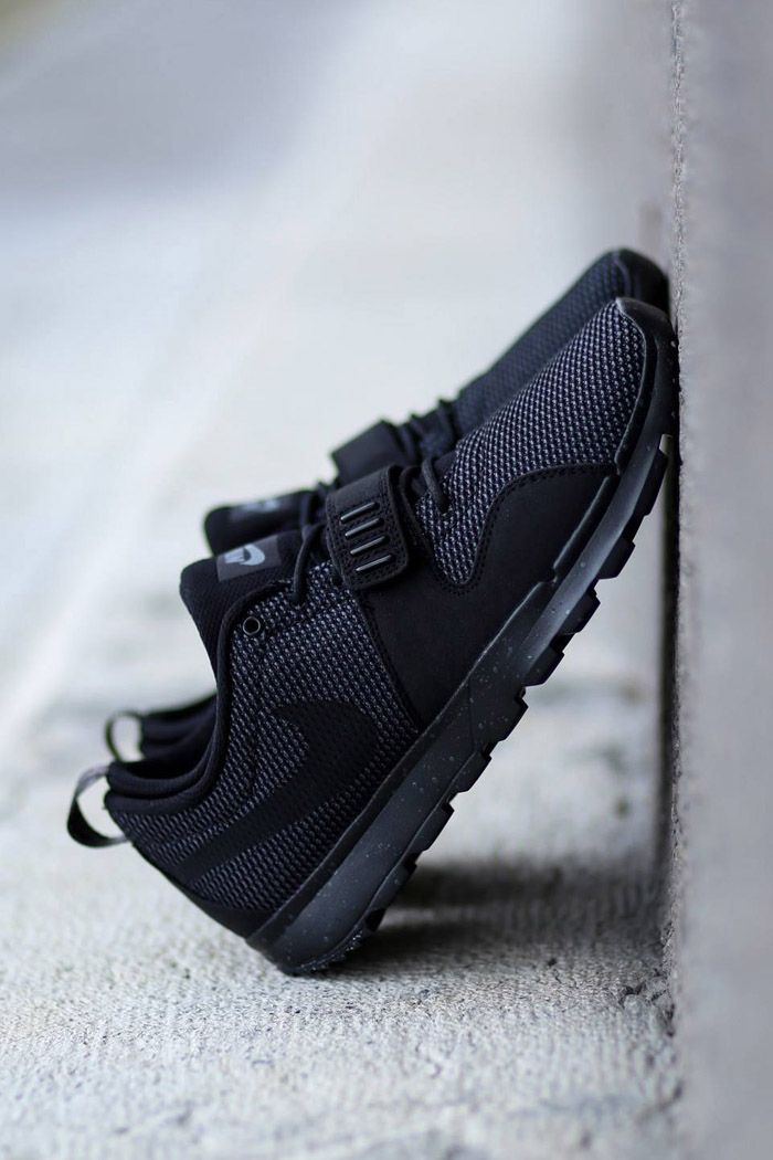 the best attitude 61d9a f1389 Nike SB Trainerendor Black on Black