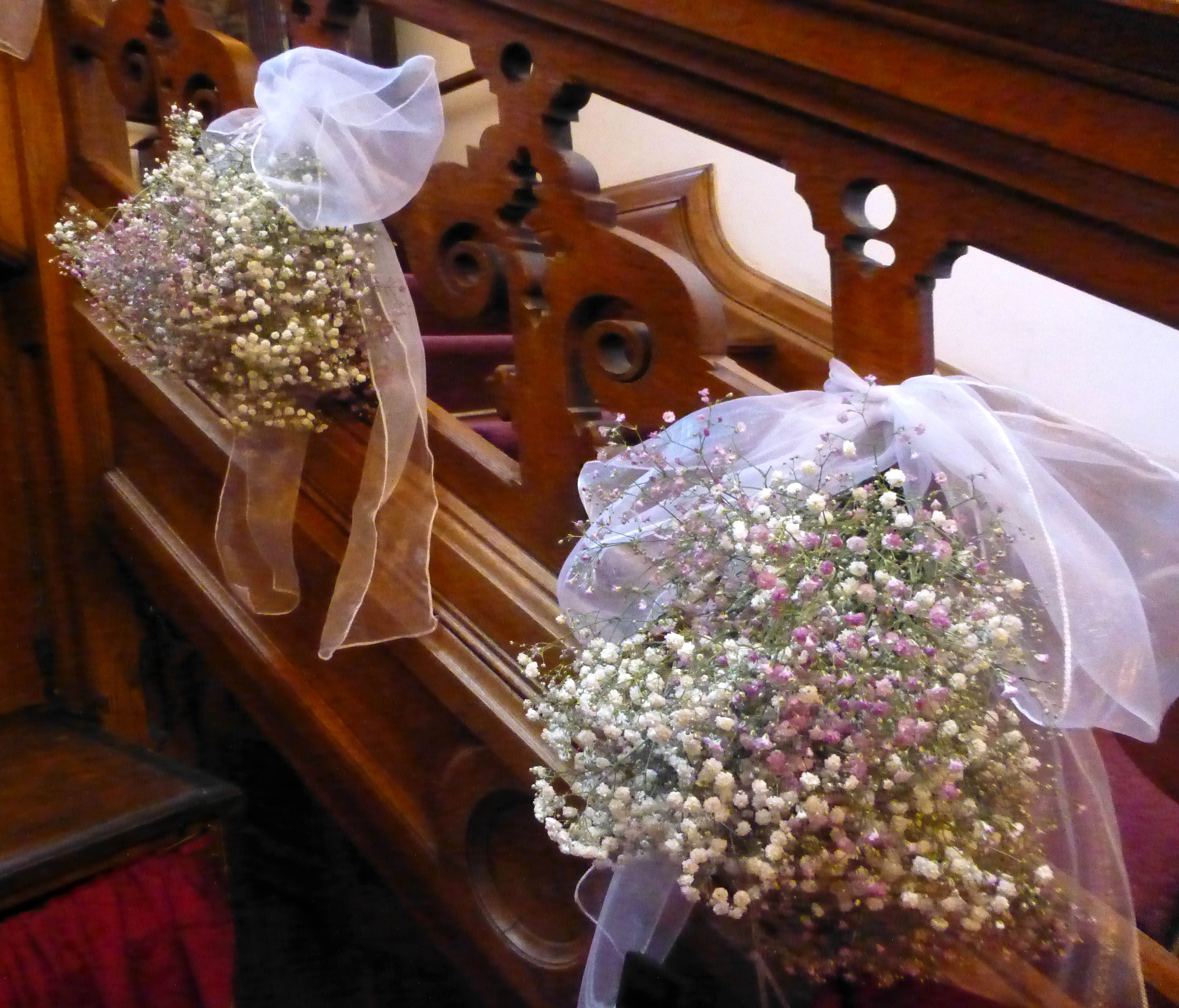 Wedding venue decor. Staircase decorated with baby's breath. Gypsophila decoration. www.thelilylocket.co.uk