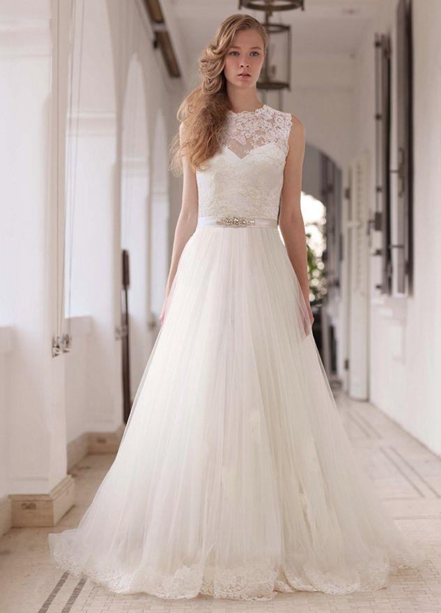 Elegant wedding dresses runway trends lusan mandongus wedding elegant wedding dresses runway trends junglespirit Gallery