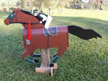 horse mailboxes,pony mailbox,mustang mailbox,race horse mailbox,thoroughbred mailboxes