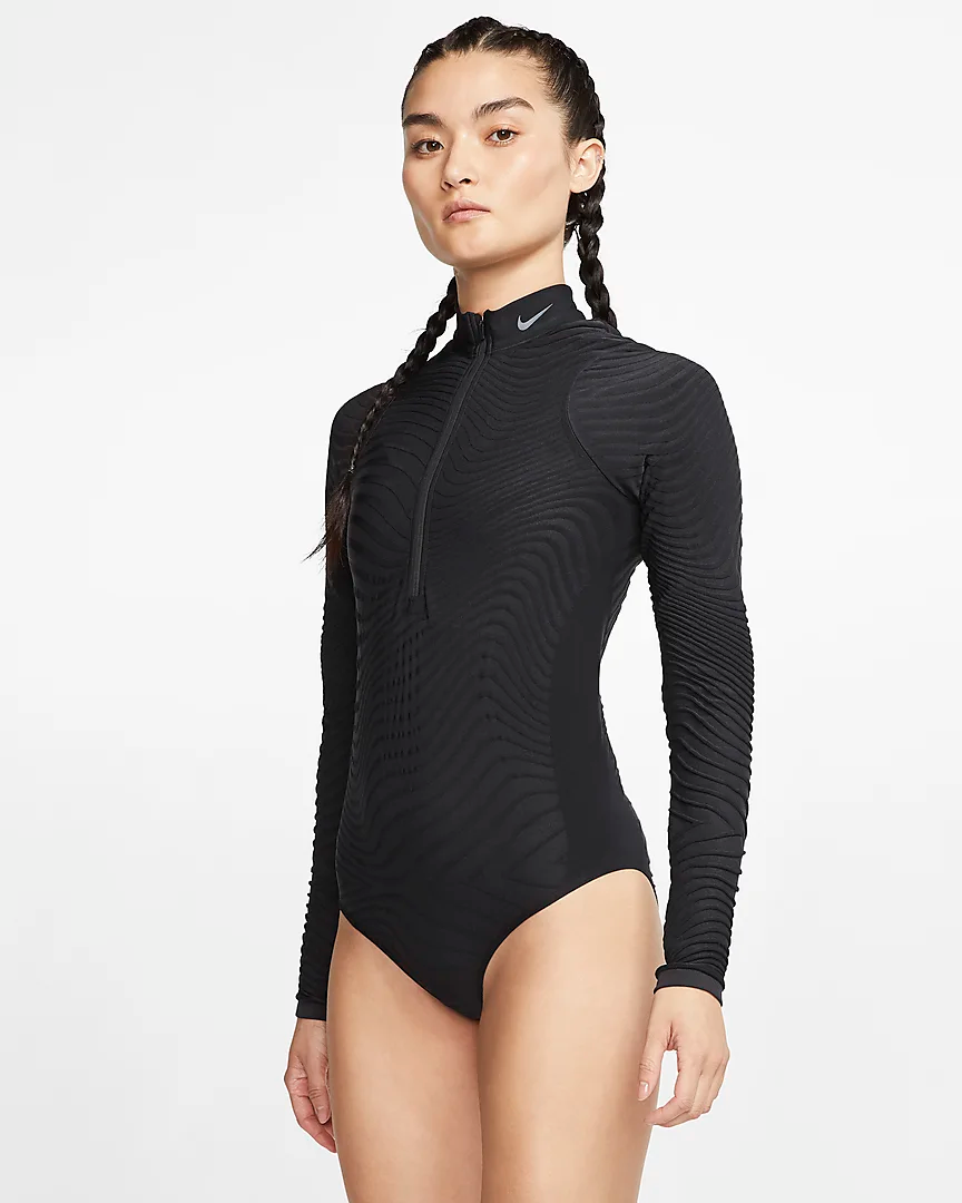 Misericordioso revolución Antecedente  Nike City Ready Women's Seamless Long-Sleeve Training Bodysuit. Nike.com in  2020 | Bodysuit fashion, Long sleeve swimsuit, Bodysuit