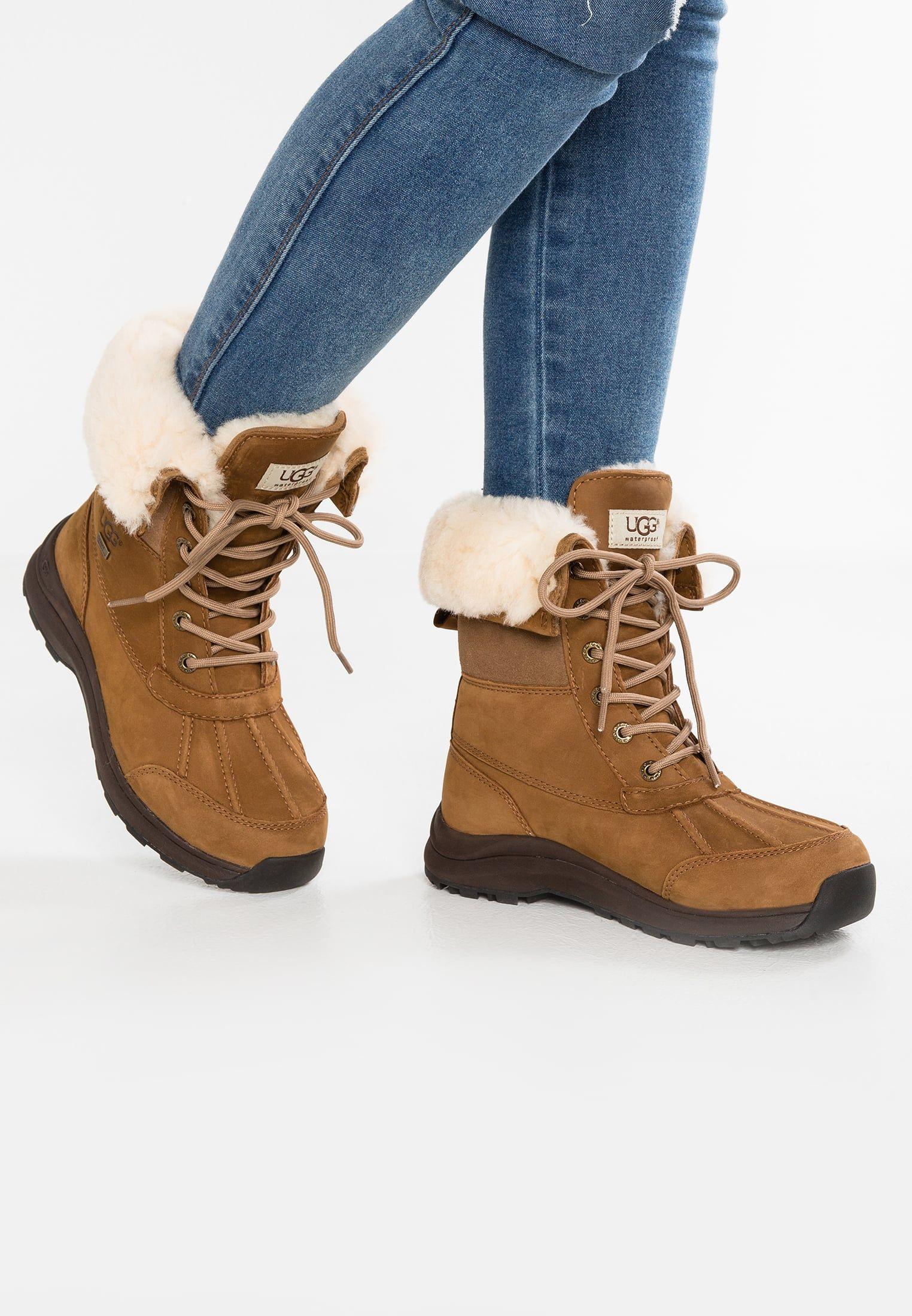 UGG ADIRONDACK III - Lace-up boots - chestnut Jlatns0x