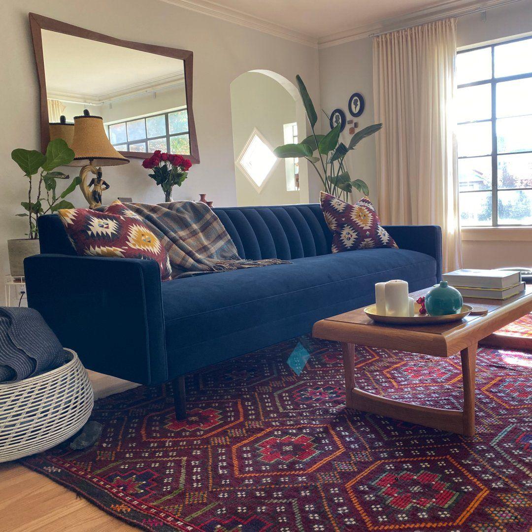 Elegant Contemporary Living Room Furniture: Modern Sofas & Loveseats
