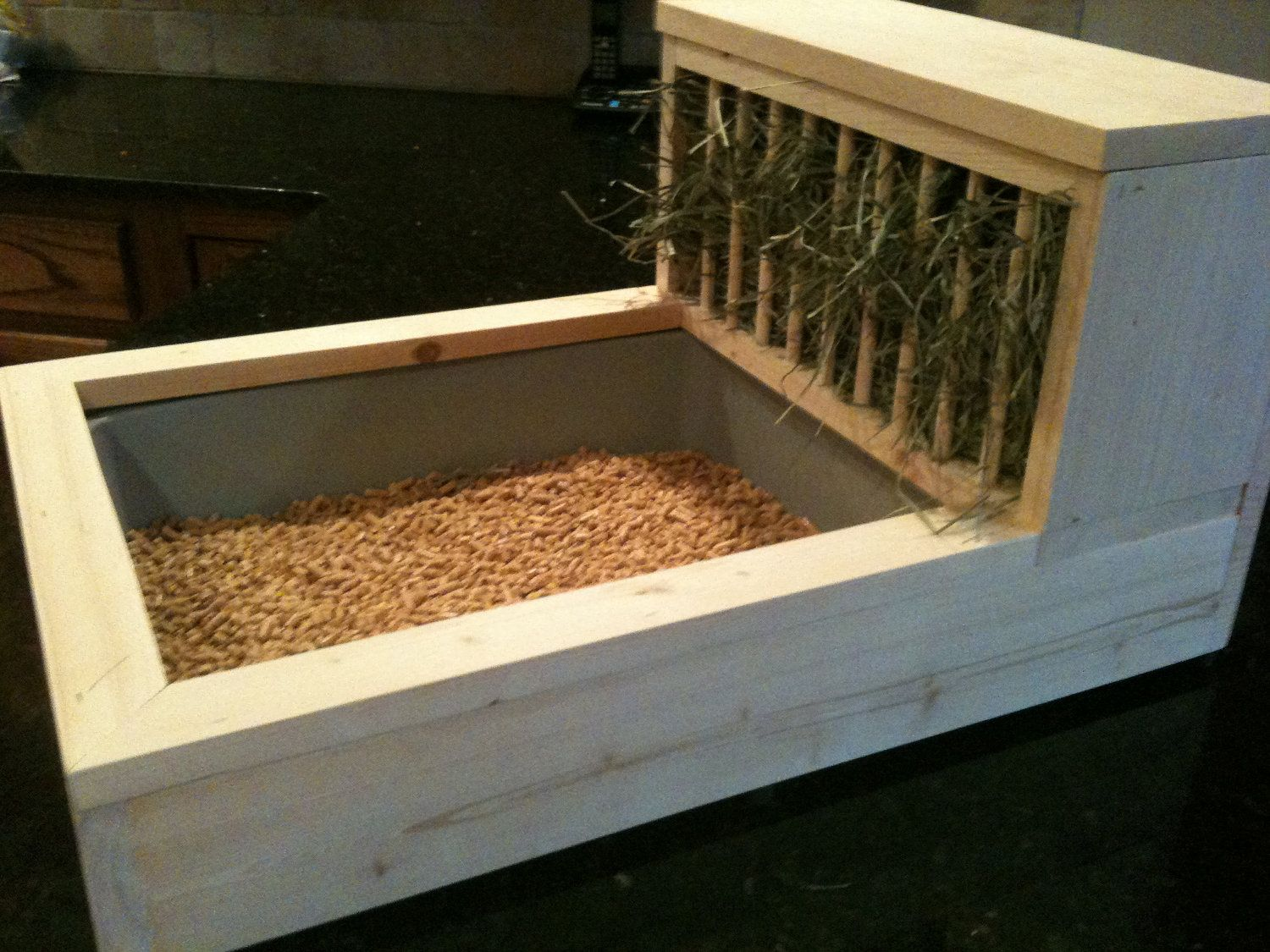This is brilliant! Rabbit Litter Box / Hay Feeder 2 Free