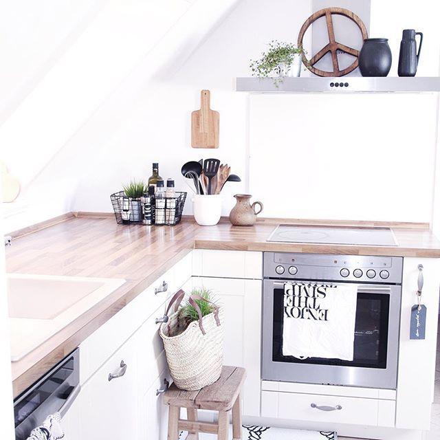 kitchen details scandinavian rustic country style kitchen white walls wooden details i k che. Black Bedroom Furniture Sets. Home Design Ideas