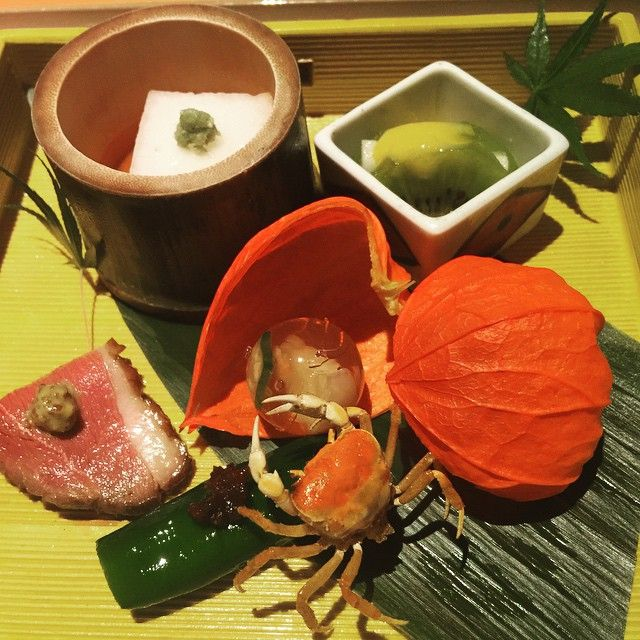 A starter#starter#kyoto#kaiseki#yummy#create#chief#superb#style#stylish#space#veg#red#colour#fruit#tofu#meat#サワガニ by sausage_by_akino_ishikawa