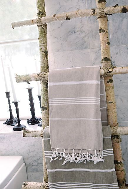 Idea   Build Rack Grape Vines Grow On (this Is Tree Branch Towel Rack Or  Magazine Rack)