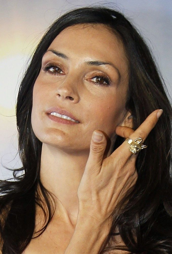 Famke Janssen Famke Janssen Actress Celebrities Famke Janssen Pinterest