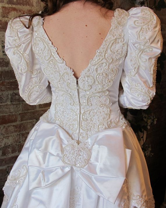 Pin by cheryl on vintage wedding dresses veils and accessories ...