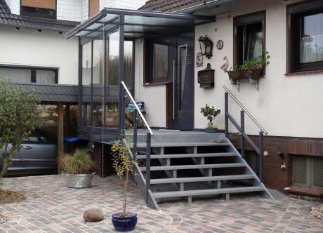 t r vordach treppe wimotec in garbsen treppe pinterest vordach treppe und t ren. Black Bedroom Furniture Sets. Home Design Ideas