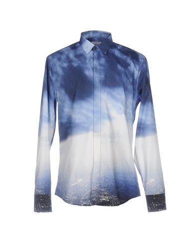 BIKKEMBERGS Patterned shirt. #bikkembergs #cloth #top #pant #coat #jacket #short #beachwear