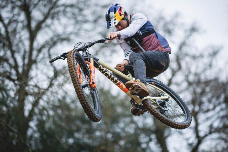 Best Mountain Bikes Under 600 With Images Mountain Biking