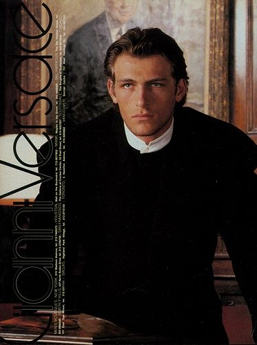 GIANNI VERSACE Fall 1987 featuring HOYT RICHARDS BRUCE Hoyt Richards Versace