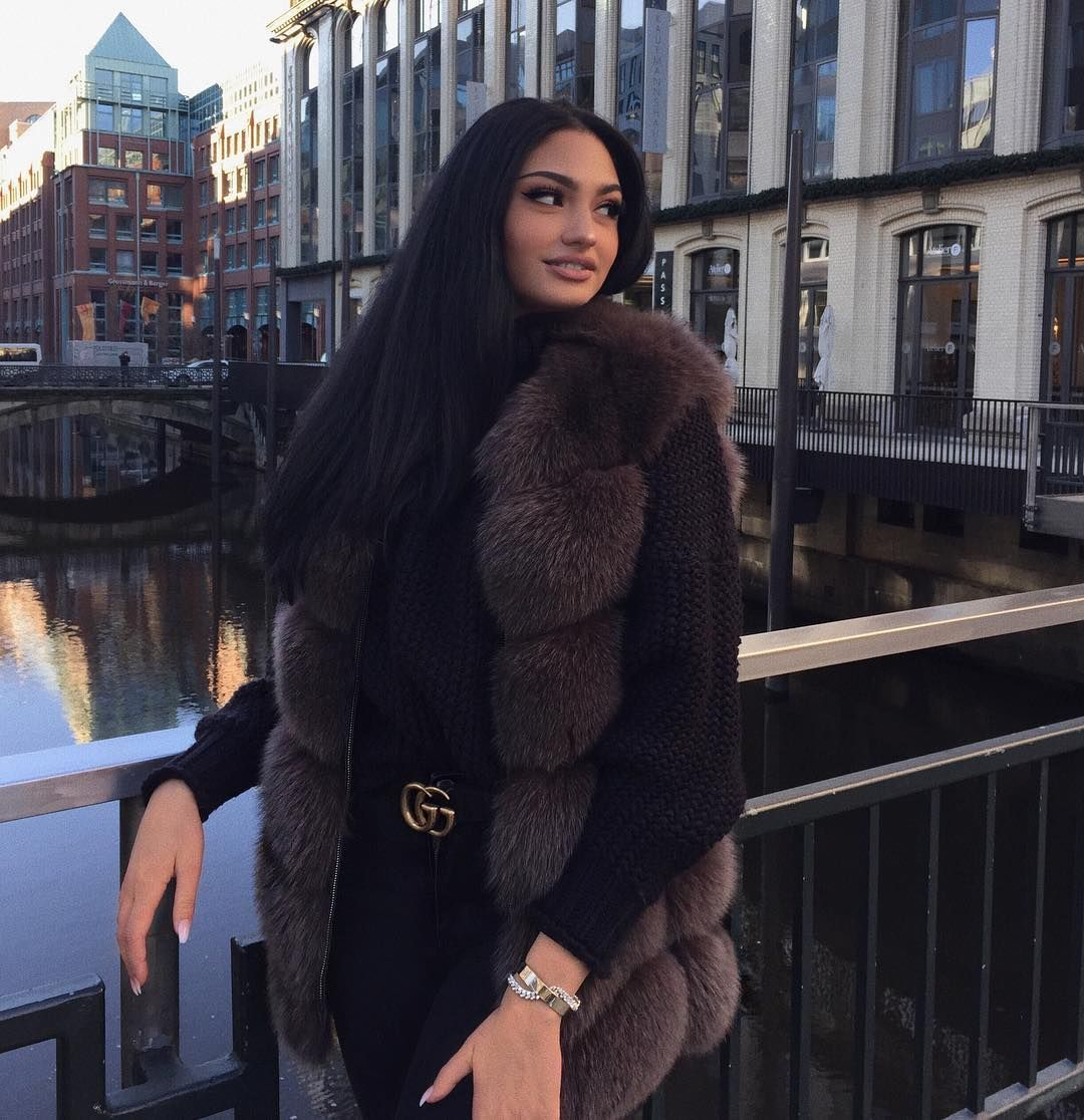 "Photo of SCHAMLA ANGELINA på Instagram: ""Vakre Hamburg ⚓️ * annonse"""