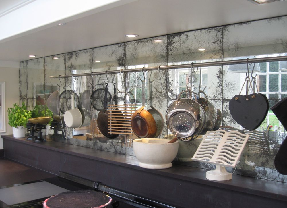 Antique Mirrored Backsplash With Large Mirrored Tiles Mirror Backsplash Kitchen Antique Mirror Glass Mirror Splashback