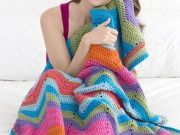 Free Bright Ripple Throw Crochet Pattern from RedHeart.com