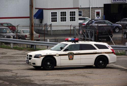 Pennsylvania State Police, Dodge Magnum - Car 50 Troop B1