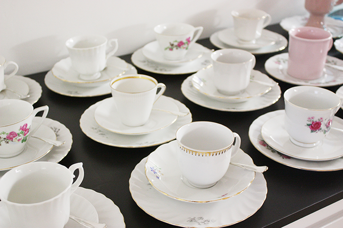 Beautiful set of coffee cups // Sort of pink