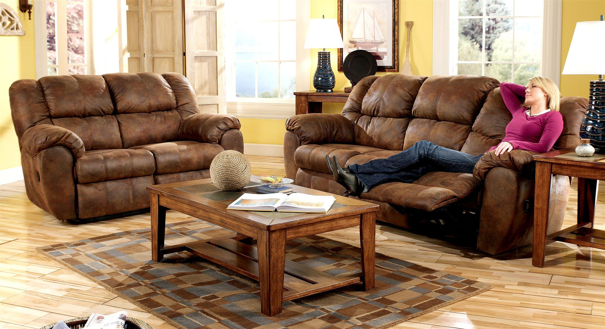 Ashley Furniture Leather Sofa Reclining Sectional Sleeper Couches 39s Navigator Faux
