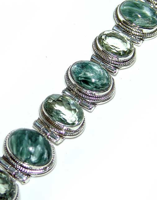 Seraphinite, Green Amethyst  bracelet designed and created by Sizzling Silver. Please visit  www.sizzlingsilver.com. Product code: BR-627