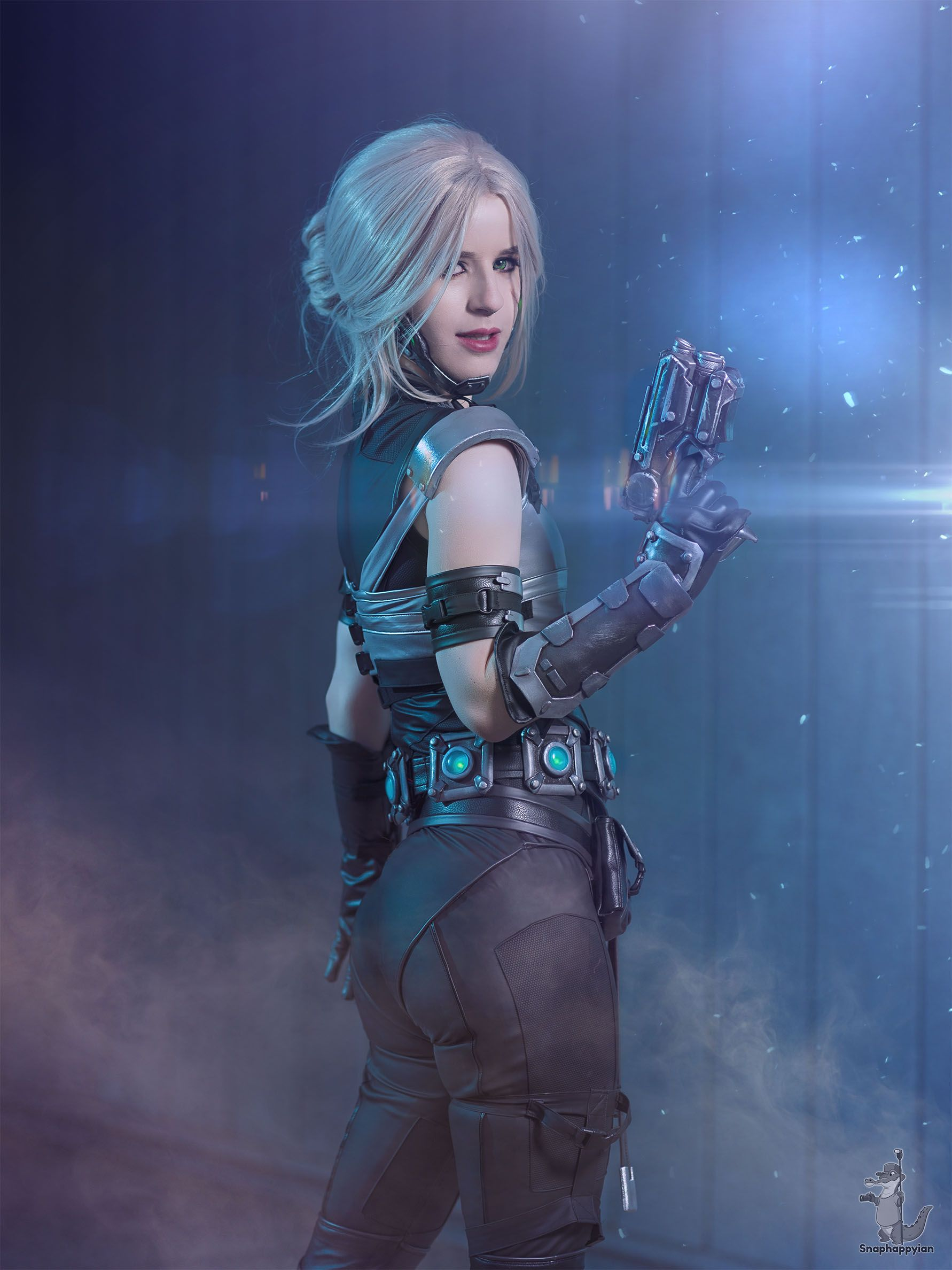 reddit: the front page of the internet | Cosplay in 2019 | Cyberpunk