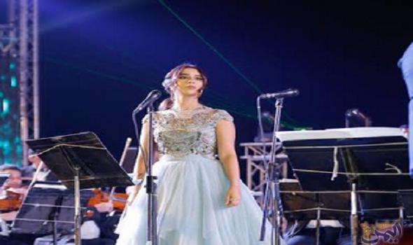 الفنانة بلقيس تشارك في أول حفلة نسائية في جدة Dresses Formal Dresses Prom Dresses