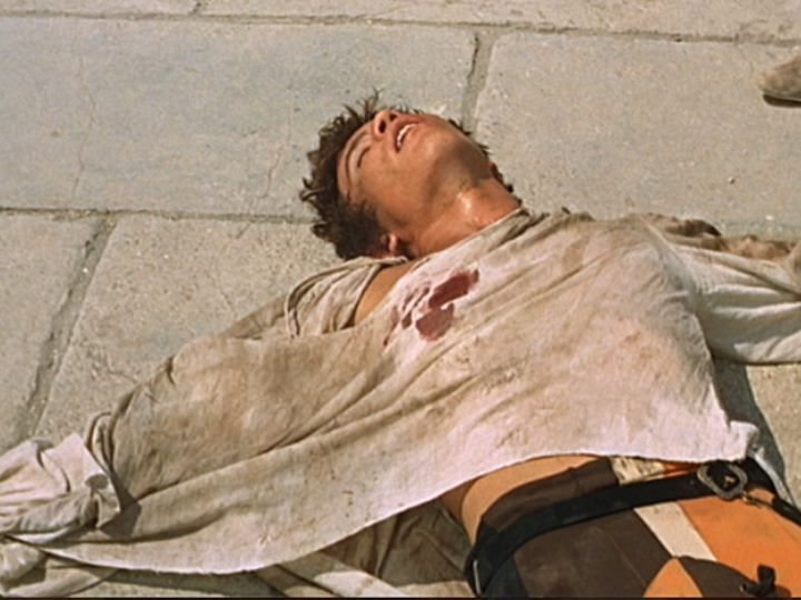 love and death in romeo and Romeo and juliet love story in verona  distraught over the alleged death of his beloved juliet, romeo returns to verona and takes his own life at the open coffin.