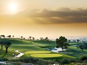 Visit: http://www.pattayagolfpackage.com/ Golf Holidays In THAILAND , Pattaya is long known as the paradise beach of the East, a description aptly suited today to the wide range of world class golf courses within a 40 Km radius of the City. Many of the courses are designed to championship standard by the world's top name in golf architecture.